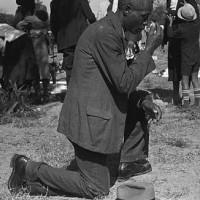 African-American-Praying